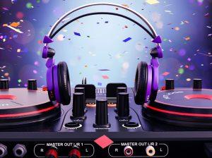 headphones cue sales pipeline